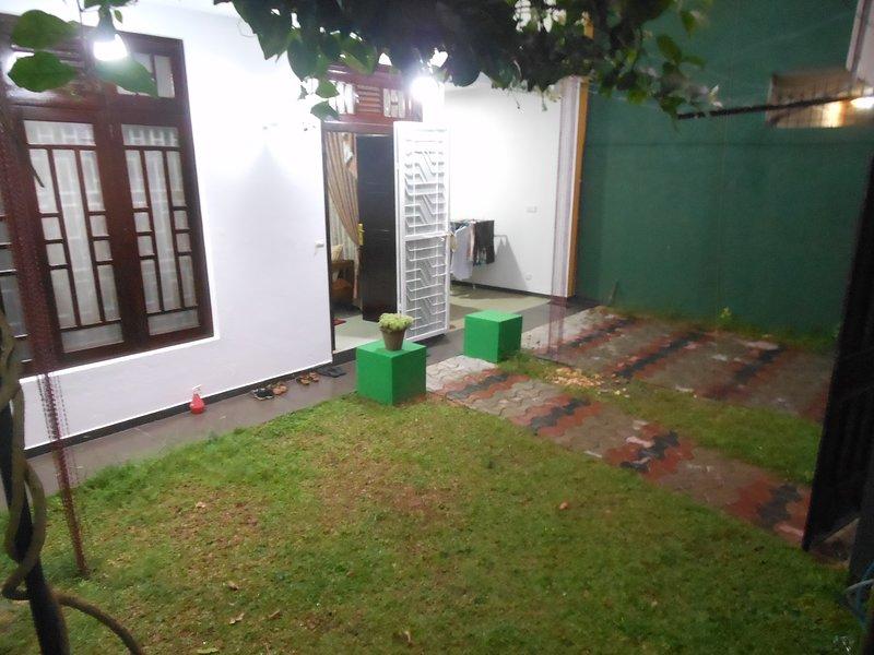ANTHONY'S HOME STAY, vacation rental in Kiribathgoda
