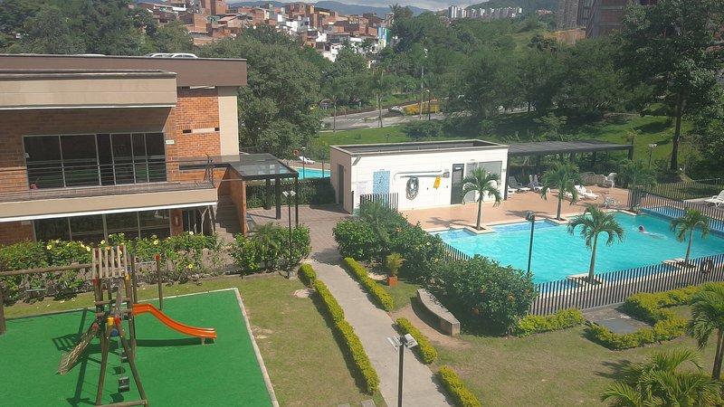Apartamento completo en unidad residencial, vacation rental in San Antonio de Pereira