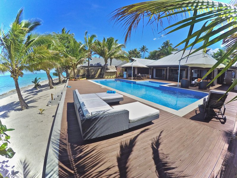 Villa Mokusiga Private Beachfront Villa with Chef options, alquiler vacacional en Coral Coast