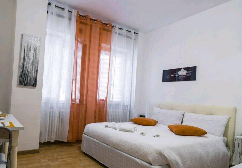 Monolocale -Centro Bergamo, holiday rental in Treviolo