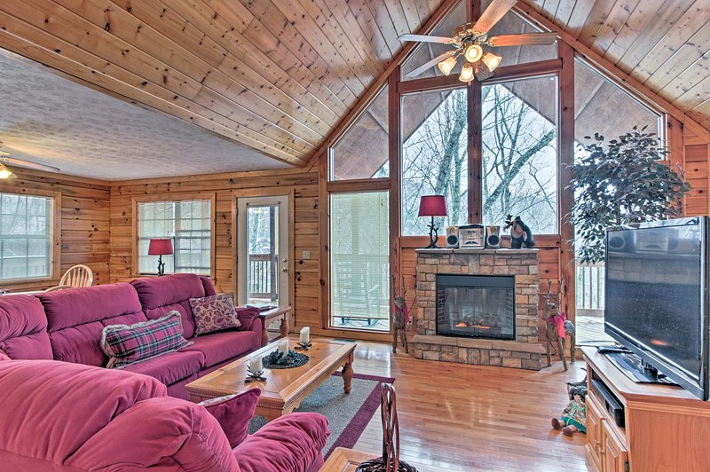 This rustic 2-bedroom, 2-bath vacation rental cabin is the ideal mountain haven!
