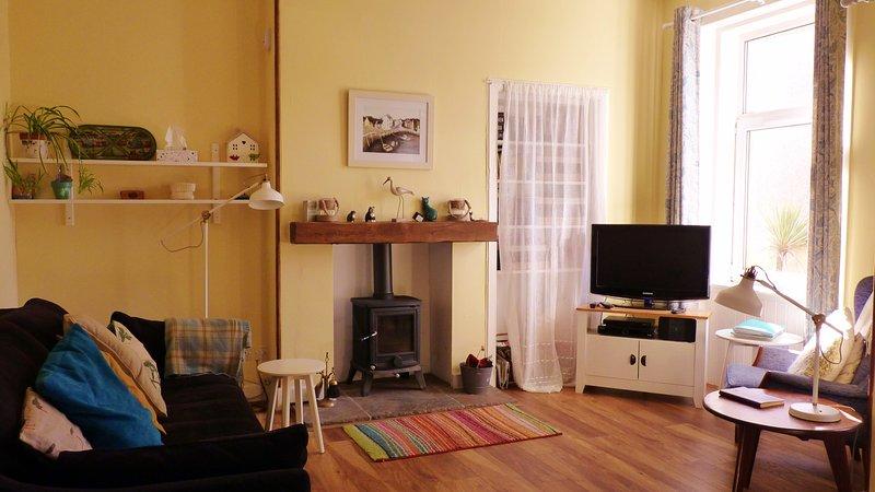' Cosy Corner apartment ' 7 Crawford Street, Millport ...