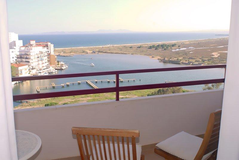Vistas de la bahía desde la terraza.