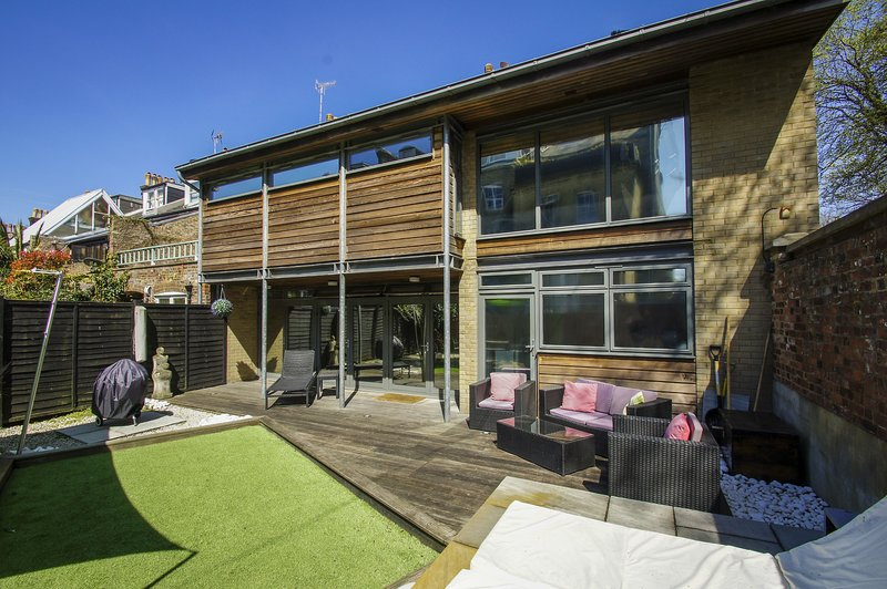 The Edge, holiday rental in Shoreham-by-Sea