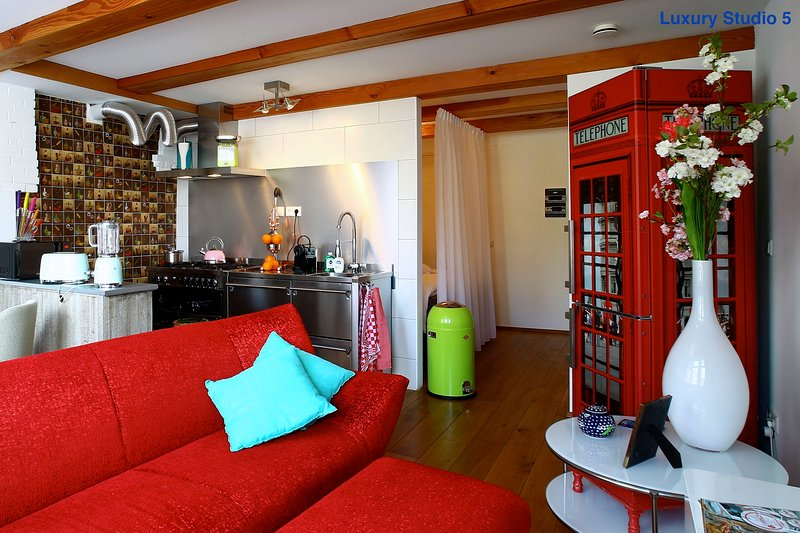 Luxury Aparmtents Delft Luxury Studio's, vacation rental in Zoetermeer