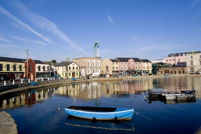 Wexford Town Opera Mews- 2 Bed Apartment - Sleeps 4 - Wexford Town Self Catering, holiday rental in Killinick