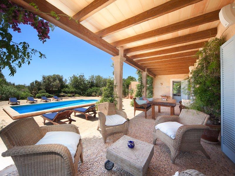 Luxury Villa El Coto. Exclusive relax Pool 10p, holiday rental in Cala Figuera