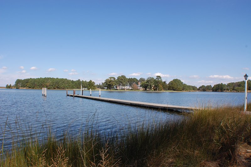 Waterfront shared dock perfect for Kayaks, Canoes, Jet Skies, or boats.  Public Boat Launch 1 mile.