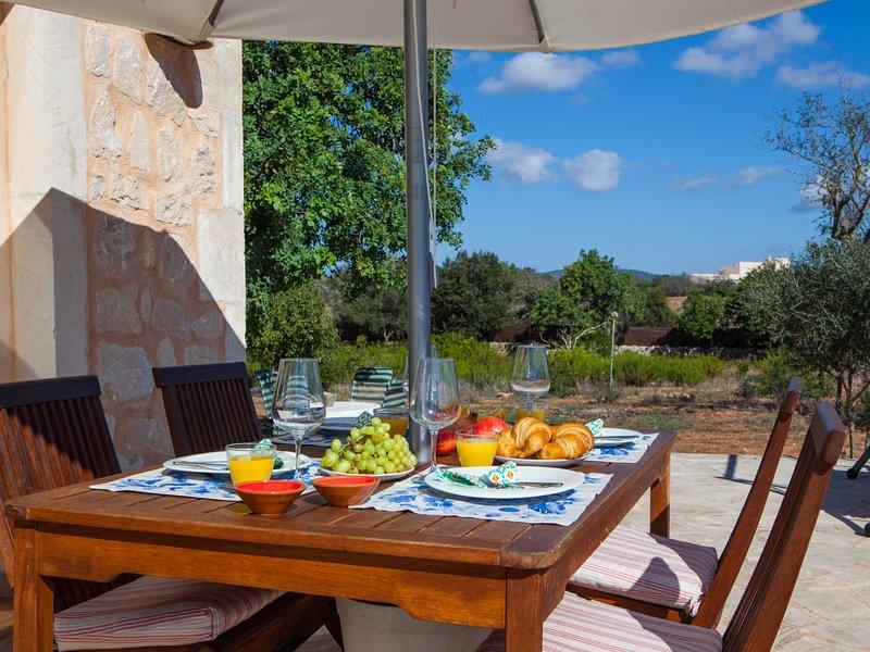Finca Bassa Serra. Houses & Villas, Mallorca Rentals, holiday rental in Cala Figuera