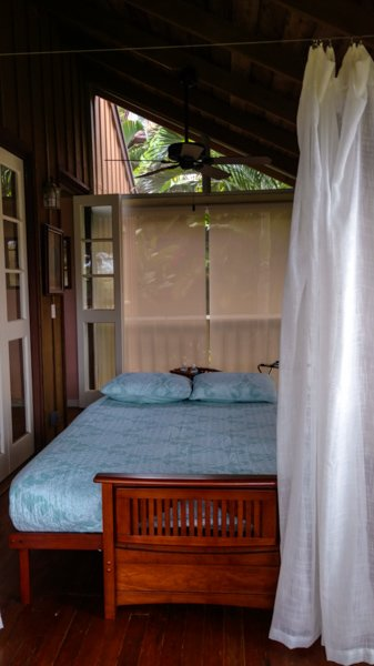 Lania Day Bed View