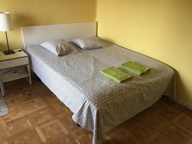 Bedroom 01 (double bed)