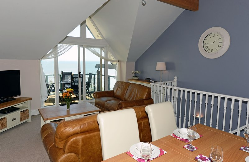Open Plan Living with Spectacular Sea Views from the Living and Dining Areas