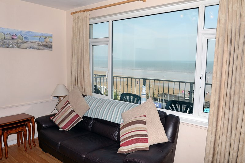 Sea View Apartment, Spectacular Panoramic Sea Views, vacation rental in Saundersfoot