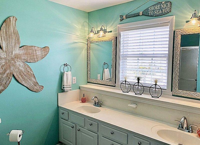 bathroom 1 - master bath