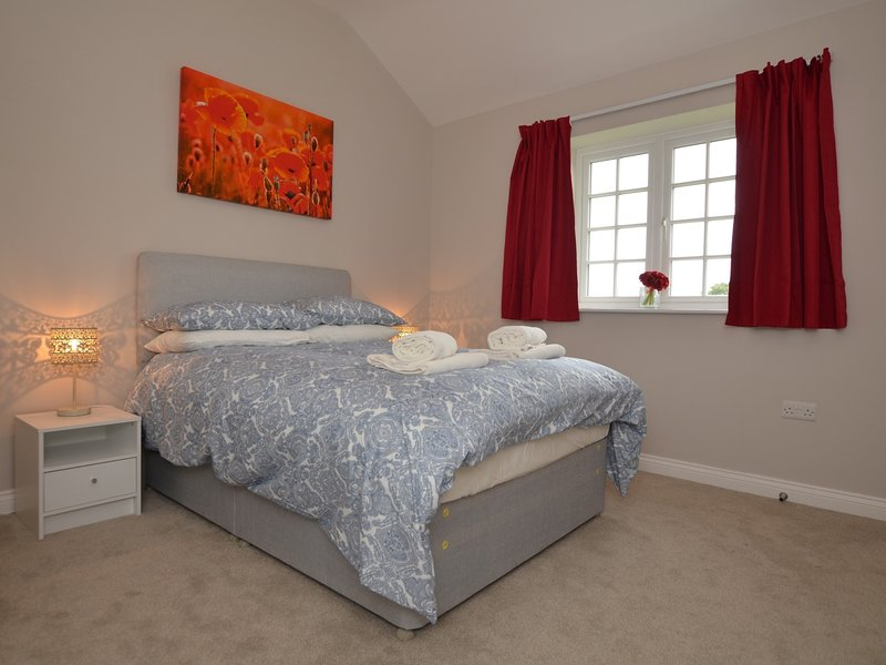 The Poppy Room with double bed