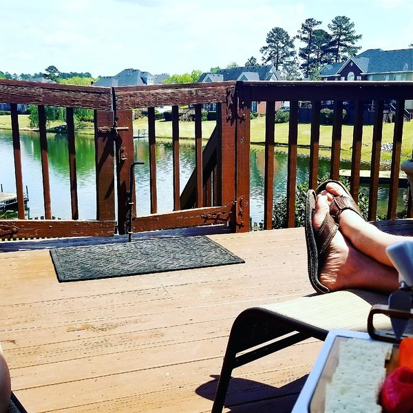 Waterfront Lake Vacation Home, holiday rental in Evans