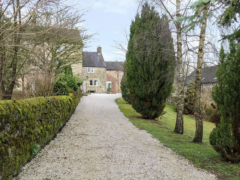 GREEN COTTAGE, barn conversion, en-suite, WiFi, Ref 975226, location de vacances à Hulland Ward