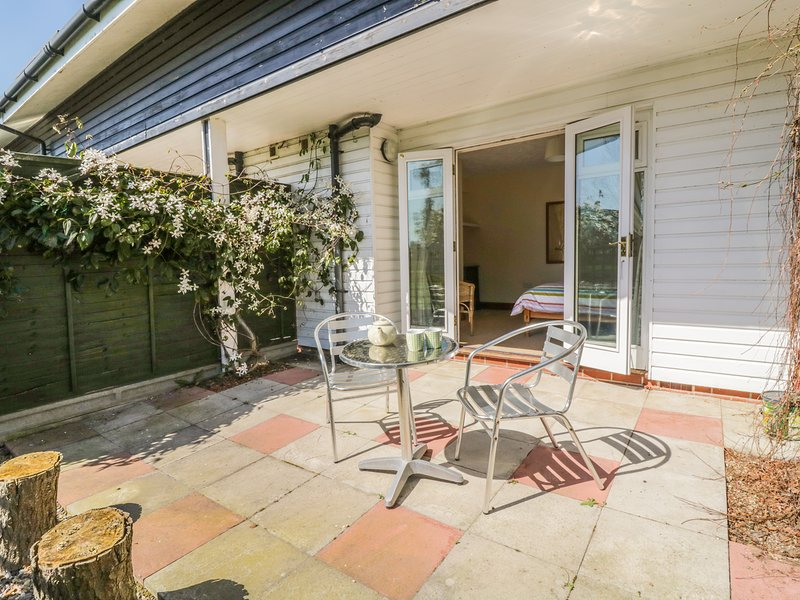 Heron Cottage, Sutton, holiday rental in Ludham