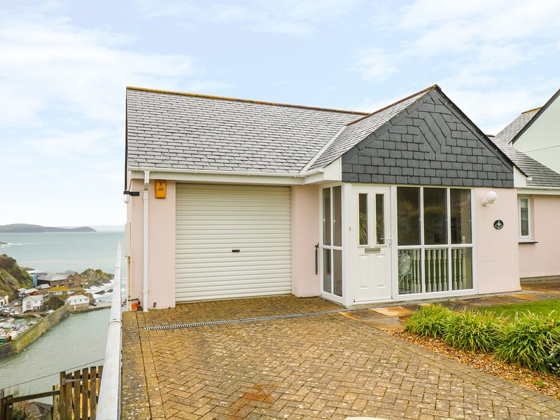 PINK HOUSE, open pla, spectacular views, in Mevagissey, Ref 974433, casa vacanza a Mevagissey