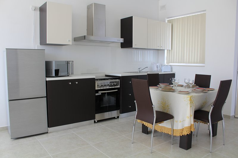 Brand new 1 bedroom aparment in Msida F16, vacation rental in Msida