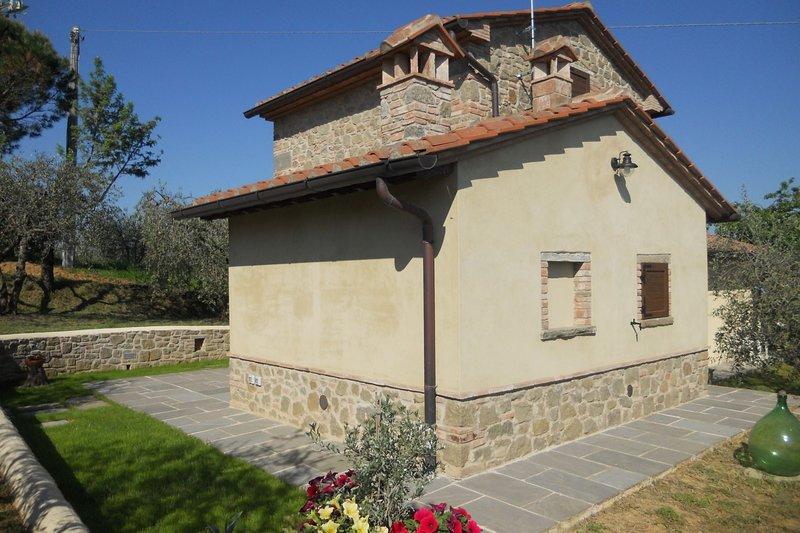 Sant'Anastasio Apartment Sleeps 3 with Pool and Air Con - 5490581, alquiler vacacional en Guazzino