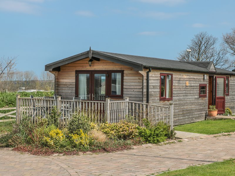 HAWTHORNE LODGE, detached, all ground floor, WiFi, pet-friendly, Danby, Ref, holiday rental in Saltburn-by-the-Sea