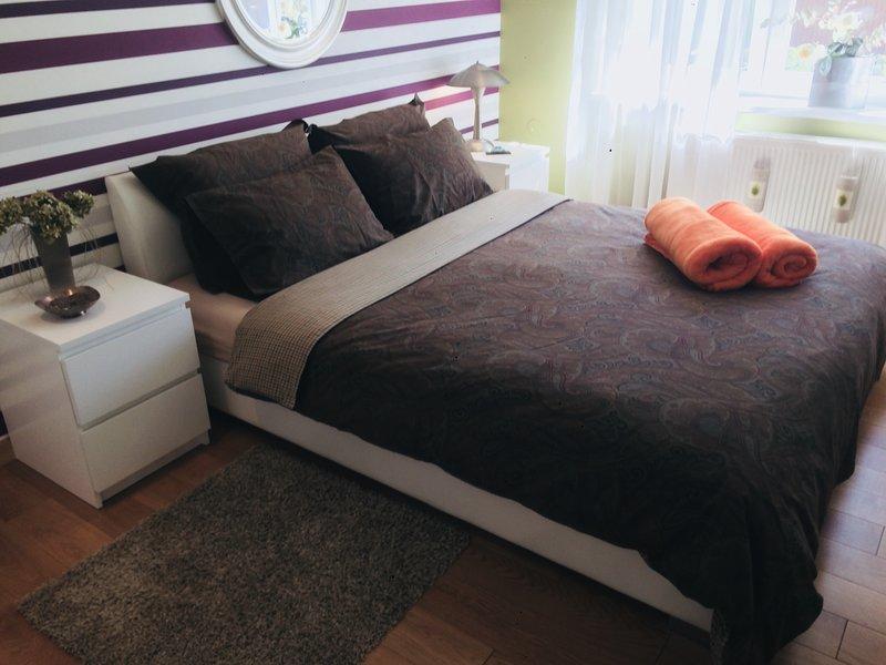 Chambre à coucher, 1 lit queen size