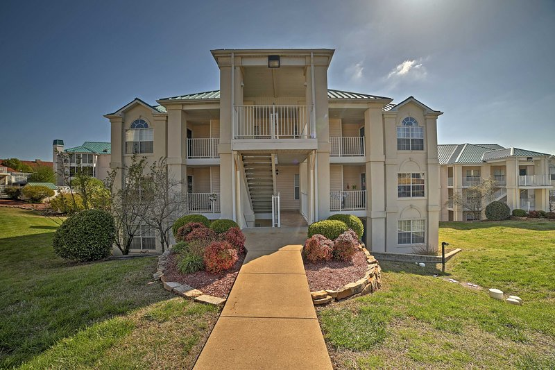 Located in the Meadow Brook Condos, this getaway sleeps 8.