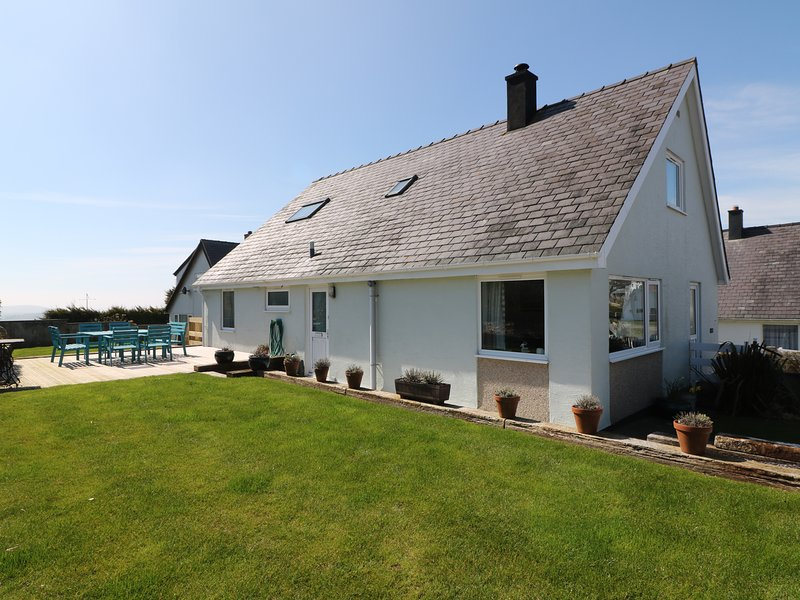 RHOS, pet friendly, with a garden in Mynytho, Ref 3617, aluguéis de temporada em Abersoch