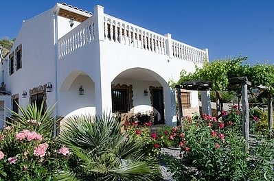 Pozo Alcon Villa Sleeps 7 with Pool - 5080242, alquiler vacacional en Hinojares