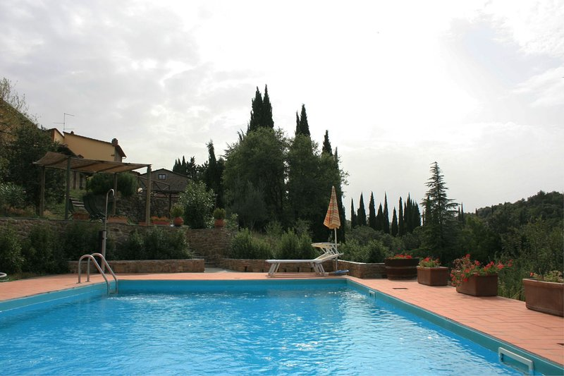 Chiani Apartment Sleeps 4 with Pool and Air Con - 5490499, vacation rental in Pieve A Maiano