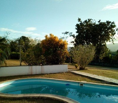 Beautiful house with shared pool, alquiler de vacaciones en Lamentin
