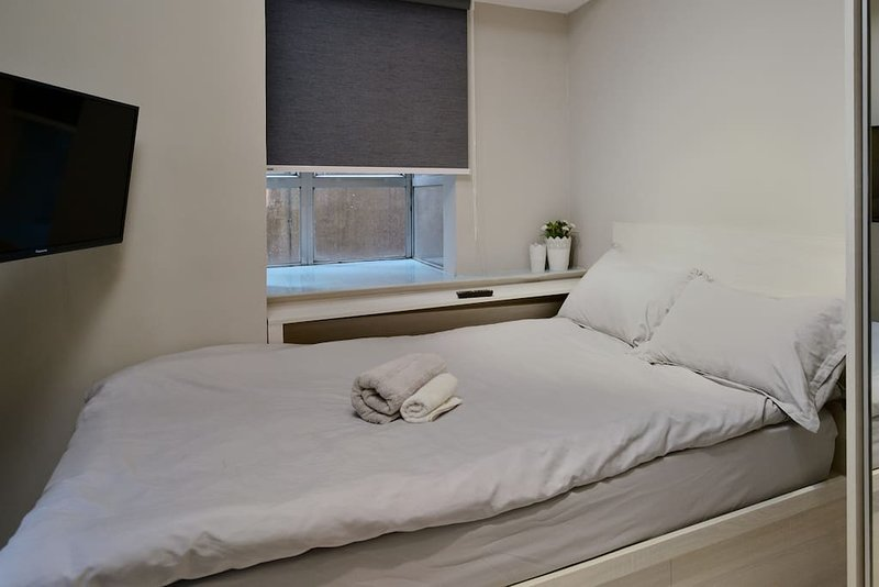 Possession Street Studio Apartment Has Wi Fi And Air Conditioning Updated 2021 Tripadvisor Hong Kong Vacation Rental
