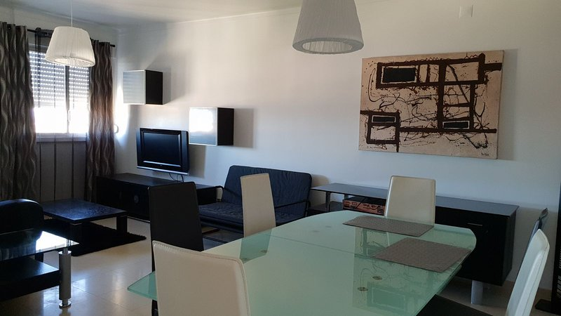 Beautiful apartment in Lisboa, holiday rental in Moscavide