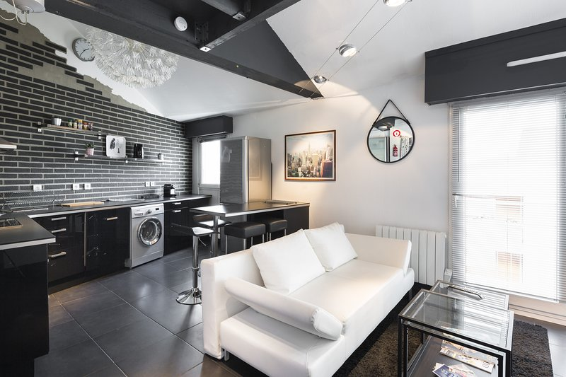 L'ORCHESTRE - Appartement duplex Cité des Congrès, holiday rental in Bouguenais
