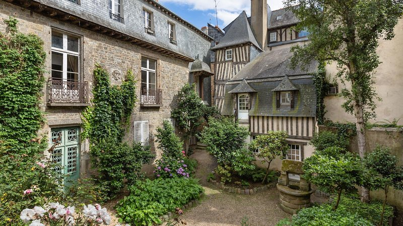 TY CHARM - THE PLACE TO BE A RENNES, holiday rental in Rennes