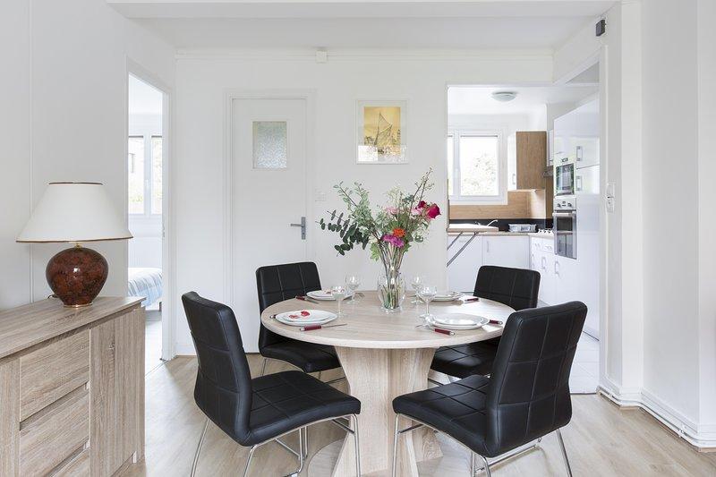 BRASSENS - 2 chambres 55 m² - 4 personnes - Sainte Thérèse, holiday rental in Cesson-Sevigne