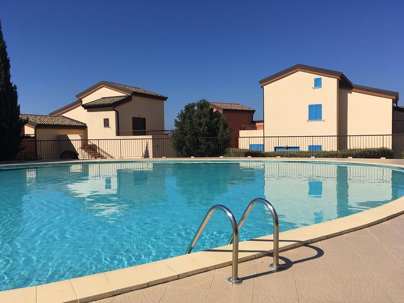 Le Stazzola - Appartement + Piscine, holiday rental in Asco