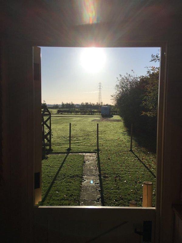 vista desde la puerta pastores cabaña