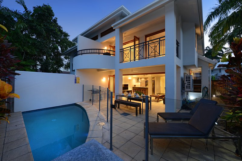 Villa '7 Templemoon'