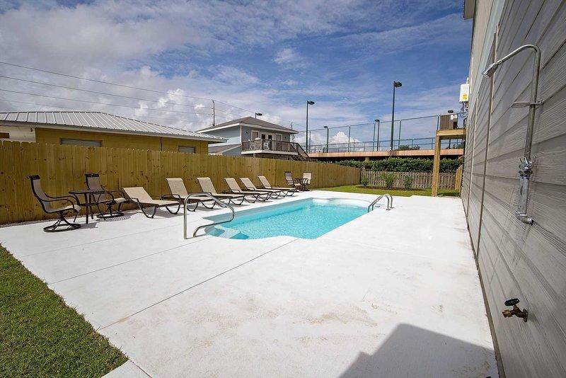 Villa De Mar Pool