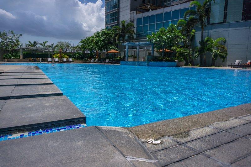 Resort Type Pool