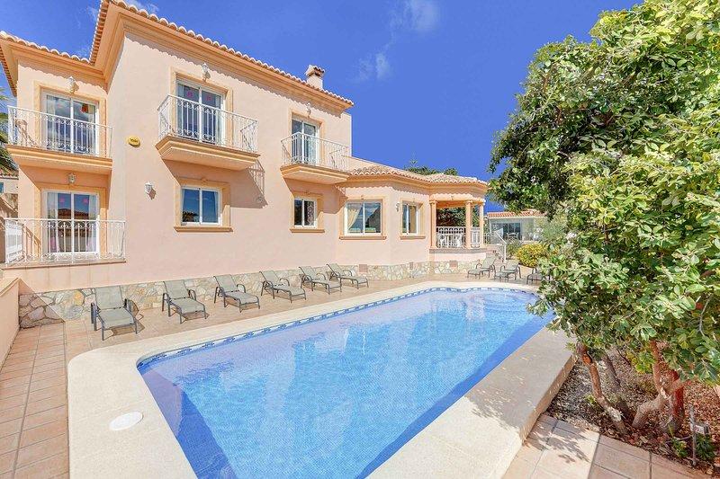 Casa Rosa, vacation rental in La Llobella
