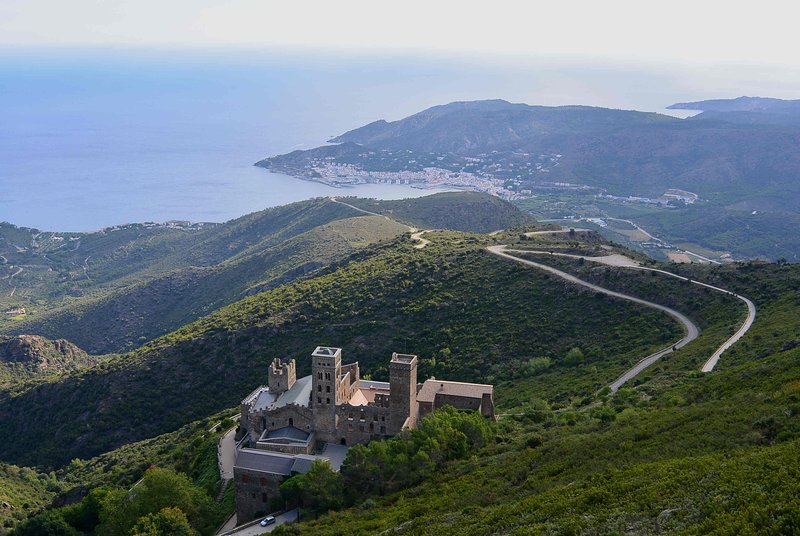 We are close to the Monasterio fo San Pere de Rodes