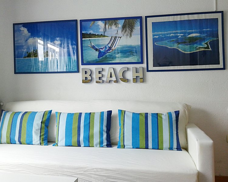 Apartment with shared pool, holiday rental in Las Rosas