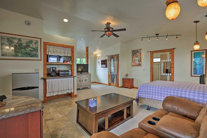 An open-floor concept makes the studio feel spacious.