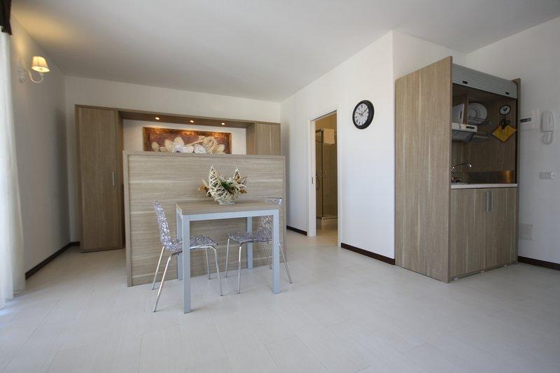 Le Residenze Del Centro - Monolocale Standard, vacation rental in Olbia