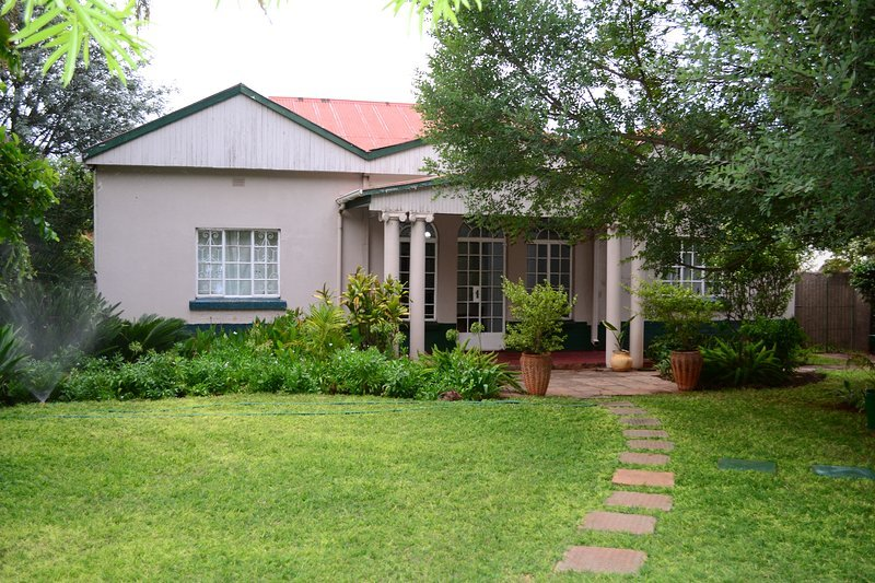 Breeze Guest House, vacation rental in Bulawayo