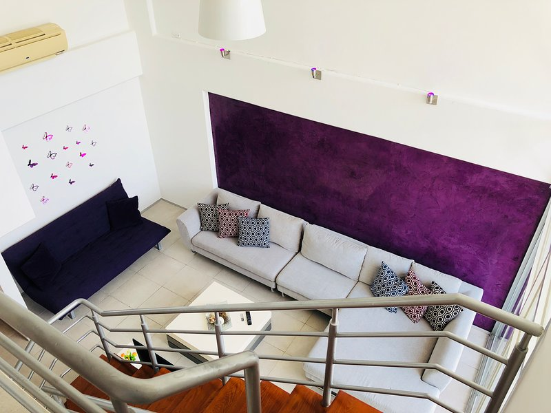 LUXURY HORIZONTES CANCUN LOFT 2BR&2.5BA 9 MIN TO THE BEACH!!!, vacation rental in Cancun