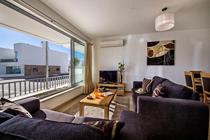 Large comfortable sofas to enjoy the wonderful Algarve weather